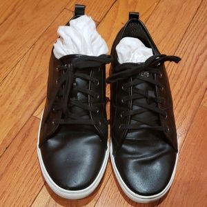 Steve Madden black leather sneakers size 12